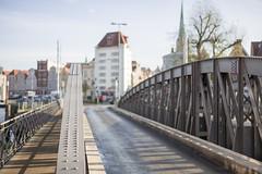 Drehbrücke (frank-hl) Tags: 50mm altstadt bokeh brücke drehbrücke geländer lübeck outdoor stadtlandschaft trave urban