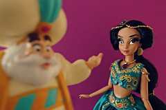 now jasmine,you have to find a suitor by this week !! (girl enchanted) Tags: disney ds disneystore aladdin jasminedoll princess