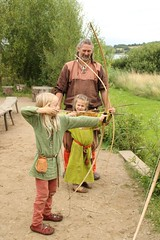 251 Haithabu WHH 17-07-2016 (Kai-Erik) Tags: geo:lat=5449026637 geo:lon=956608068 geotagged haithabu hedeby heddeby heiabr heithabyr heidiba siedlung frhmittelalterlichestadt stadt wikingerzeit wikinger vikinger vikings viking vikingr huser vikingehuse vikingetidshusene museum archologie archaeology arkologi arkeologi whh wmh haddebyernoor handelsmetropole museumsfreiflche wall stadtwall danewerk danevirke danwirchi oldenburg schleswigholstein slesvigholsten slesvigland deutschland tyskland germany 8sommermarkt hndler handwerk handwerker markt wikingermarkt marktgeschehen 17072016 17juli2016 17thjuly2016 07172016 httpwwwhaithabutagebuchde httpwwwschlossgottorfdehaithabu