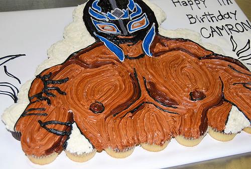 383-polkatots cupcake cakes