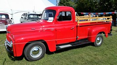 Un Camion International 1952. 2016-09-04 14:51.40 (Sandbanks Pro) Tags: brome quebec canada expobrome exposition camion truck vhicule international 1952 nature paysage touristique vacance holiday summer t bromefair