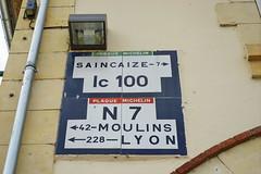 N7 Magny-Cours 16.9.2016 4059 (orangevolvobusdriver4u) Tags: rn7 route national 7 routenational7 routebleue 2016 archiv2016 france frankreich n7 magnycours sign schild verkehrsschild trafficsign wegweiser