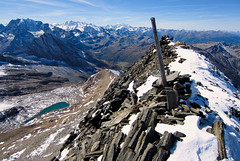 Summit of Terrarossa, I. (Marco MCMLXXVI) Tags: brig alpeveglia simplonpass passo sempione alps alpi italy switzerland wallis piemonte ossola valle outdoor hiking landscape escursionismo alpinismo mountaineering view panorama summit cima punta terrarossa wasenhorn ice snow glacier autumn fall autunno travel tourism nature cliff crag canyon weisshorn mischabel fletchhorn dom hubschhorn ridge mountainridge cumbre mountain montagna sport