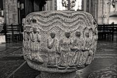 Fonts baptismaux - Cathédrale (Domkerk) Saint Martin d'Utrecht - Pays Bas (Vaxjo) Tags: paysbas netherland utrecht cathédrale domtoren domkerk