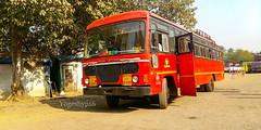 Borivali - Deogad (yogeshyp) Tags: msrtc st devgadst msrtcparivartanbus