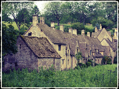 "Medieval village Bibury • <a style=""font-size:0.8em;"" href=""http://www.flickr.com/photos/44919156@N00/7412817896/"" target=""_blank"">View on Flickr</a>"