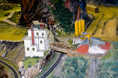 CG524 Small Quarry (listentoreason) Tags: usa america canon newjersey model modeltrain unitedstates favorites places diorama northlandz scalemodel modelrailroad hoscale score35 ef28135mmf3556isusm hoscalemodelrailroad