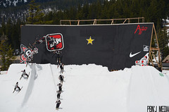 Sammy Carlson Cork 5 Wallride (PBn'JMedia) Tags: snow sunshine 35mm photography nikon energy skiing rockstar carlson apo nike sammy nikkor dslr jumps sci wallride invitational photog mtbachelor newschoolers d5100