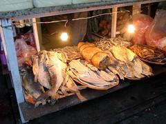 Food! (RoBeRtO!!!) Tags: food fish bulb meat marketplace dried carne mercato cibo pesce lampadina secca rdpic canong7