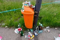 Linzfest 2013 -Tag 3 (austrianpsycho) Tags: mist linz garbage chaos bottles cans waste schmutz dreck abfall boden flaschen voll dosen verschmutzung bierdosen linzfest müll donaulände mistkübel überfüllt 20052013 linzfest2013