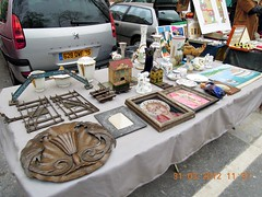 Ann shopping guide at The Antique Market of Porte de Vanves_046