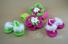 pinkgreenflips (Dana Jordan) Tags: boy baby girl shower handmade crochet fluffy flip gift button flops cottongindesign cottonginstudios