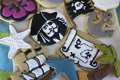 Pirates of the Caribbean (paddleattachment) Tags: cookie johnny depp palmtreecookie jollyrogerflag beachcookies starfishcookies dolphincookie anchorcookie captainjacksparrowcookies piratesofthecaribbeancookies treasuremapcookie hibiscusflowercookie