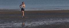 Adriatique (www.darnoc.fr) Tags: mer photoshop canon eos vacances soleil femme sable t 70300mm plage italie lightroom farniente adriatique 6d 70300 ef70300mmf456isusm photosderue eos6d