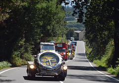 La Vuelta Espaa 1: Caravan (Majorshots) Tags: galicia galiza vuelta stage4 acorua vueltaespaa etapa4 negreira ocamioreal lavueltaaespaa2013 etapafindelmundo lalnafisterra