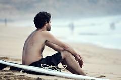 esperando la ola perfecta #2 (Claudia Gaiotto) Tags: man sport waiting surf fuerteventura playa passion esperando canaryislands ola tribu elcotillo