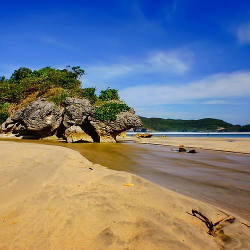 Sekongkang Beach Taliwang West Sumbawa The Beauty Of Sumbawa Island #indonesia #u_phy #infotourismindo #switcheyesnap #instanusantara  @instanusantara @infotourismindo #indonesia_photography @indonesia_photography #HDR #hdr_flair #sony #sonymirrorless #so