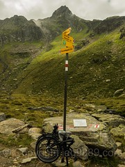 Hiking Trail Sign Post, Tschamut, Grisons, Switzerland (jag9889) Tags: jag9889 landscape signpost switzerland outdoor 2016 post tujetsch lake mountain marker tschamut foldable 20160830 hiking trail text vorderrhein sign europe bike surselva anteriorrhine bicycle ch cantonofgraubnden cycling foldingbike gr graubnden grisons helvetia kantongraubnden reinanteriur schweiz suisse suiza suizra svizzera swiss tavetsch ternbicycles cantonofgraubunden