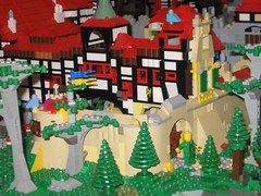 Sandstein_und_Fachwerk (Zeï'Cygaïn) Tags: lego classic castle puzzling scapes tudor pcs spielidee rostock 2016 sandstone