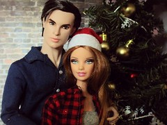 Christmas time in the new house! (Anna Smithson) Tags: model muse barbie black label look integrity doll fashion royalty dani london calling dynamite girls homme callum windsor ken fashionista holidays christmas winter tree diorama living room roombox 16 scale