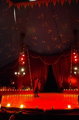 IMGP4885 (kanakacatherineb) Tags: cirque venise narbonne landri 2016 lions chameaux chiens dompteurs jongleur gymnaste