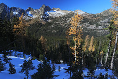 424B2662 (forrest.croce) Tags: cascades eastside lake larch larches fall color hike mountains northcascades noca snow