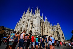 Duomo di Milano - Italy (Lior. L) Tags: duomodimilanoitaly duomodimilano italy italia travel travelinitaly duomo milano milan city citycenter cathedral cathedra people tourism tourists colorful colors architecture buildings history sky bluesky blue
