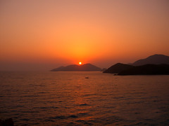 Fethiye (Betl DOAN) Tags: sunset puestadelsol light luz sea mar turkey turquia fethiye