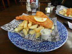 Fish and Chips, Seaforth Inn, Ullapool, Nov 2016 (allanmaciver) Tags: fish chips tartare sauce salt vinegar service scotland eat enjoy delight tasty yummy lemon seaforth inn ullapool allanmaciver