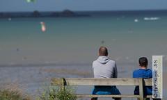 En attendant le vent (photos par JPS) Tags: clean diffusionweb lancieux ou pro plage quoi type