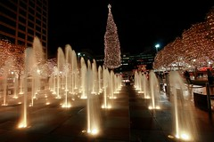Crown Center Christmas (KC Mike D.) Tags: crowncenter shopping christmas tree mayorschristmastree lighting mayor decorations fountains cityoffountains water exposure night nighttime kc kansascity missouri kcmo center crown