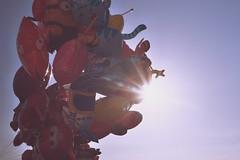 IMGP0561 (maurizio siani) Tags: napoli naples italia italy pentax k70 novembre autunno 2016 18135 18135mm lungomare caracciolo pallone palloncini cielo sky sole sun raggi mattina giornata colore colorato pupazzo cartone animato felicità allegria bambini gioco giocare volo volare fly leggerezza leggero light