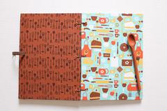 Caderno de Receitas (Azul) (Bella Mia Ateli) Tags: caderno cadernos cadernodereceitas papelaria feitomo encadernao encadernaomanualartstica papelariaartesanal bookbinding stationery handmade handcraf crafts