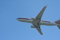IMG_2638 (wmcgauran) Tags: kbos bos boston airport eastboston aviation airplane aircraft n917nn american americanairlines boeing 737 737800