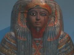 UK - London - West End - British Museum - Painted cartonnage case containing mummy of woman - Tjentmutengebtin (JulesFoto) Tags: uk england london westend britishmuseum ancientegypt mummy cartonnagecase