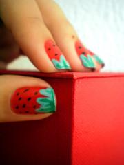 Strawberry nails forever (kktibinha) Tags: strawberry box polish nails caixa morango unhas nailart esmalte
