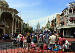 IMG_7897 (UUOPDarren) Tags: world starwars orlando florida magic kingdom disney hollywood studios starwarsweekends