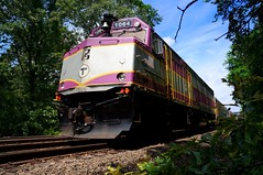 more Stoughton Line (t55z) Tags: train massachusetts locomotive mbta commuterrail canton mbcr f40ph2c
