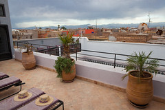 Riad Houdou - La Terrasse (Benjamin Gillet) Tags: roof view top terrasse roofs morocco maroc atlas marrakech medina toit vue paysages riad toits mdina houdou