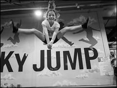 Sky Jump 292/366 (urini) Tags: 365 365project lumix gx8 summilux blackandwhite monochrome jump skyjump
