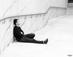 Almas extraas (Eibar10- Street photographer) Tags: d7000 candid robado nikon monochrome blackandwhite blancoynegro streetphoto street streetportrait 85mm bilbao