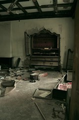 (the crazy french man) Tags: clinic abandoned mansion urbex building medical house lost place haunted urban exploration