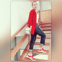 Maana en el blog! Y.... por fin viernesssss y de puente!!!!!!!! Qu ganas de desconectar de todo!!! Hay semanas intensas pero como sta, pocas  feliz noche a todos! #fashionblogger #fashion #streetstyle #instalik (elblogdemonica) Tags: ifttt instagram elblogdemonica fashion moda mystyle sportlook springlooks streetstyle trendy tendencias tagsforlike happy looks miestilo modaespaola outfits basicos blogdemoda details detalles shoes zapatos pulseras collar bolso bag pants pantalones shirt camiseta jacket chaqueta hat sombrero