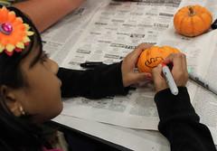 Georgetown Branch Family Fun Night October 24, 2016 - Pumpkin Decorating (ACPL) Tags: fortwaynein acpl allencountypubliclibrary georgetown geo familyfunnight pumpkindecorating 2016