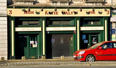 France, Bayonne - Katie Daly's Irish Bar (Biffo1944) Tags: france pyrnesatlantiques bayonne katie dalys irish bar place de la libert 037d80a3871
