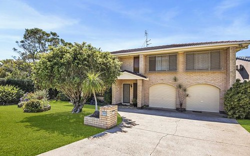 5 Echuca Crescent, Banora Point NSW 2486