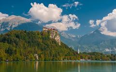 lake & castle - Bled (06) (Vlado Fereni) Tags: slovenia lakes lakecastle lakebled bled nikond90 nikkor182003556 cloudy clouds sky