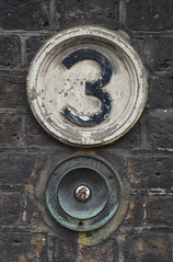 Number 3 doorbell (Monceau) Tags: 3 doorbell