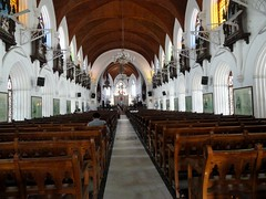 The waiting pews (rufaro) Tags: church chennai santhom