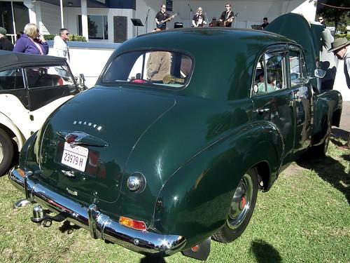 1948 Holden 48-215 sedan